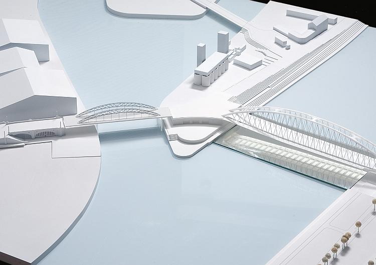 Mainbrücke Ost